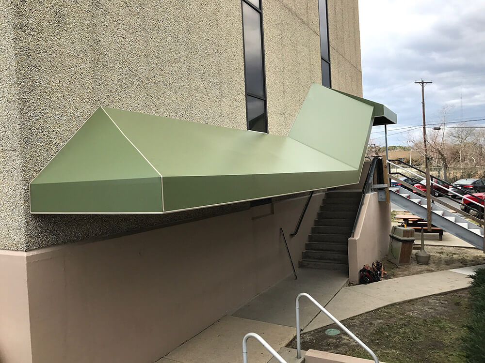 berges-awning-staple-on-awnings