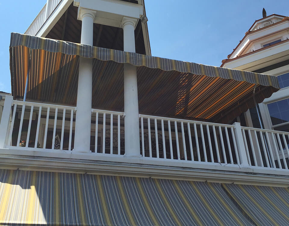 berges-awning-canopies-15