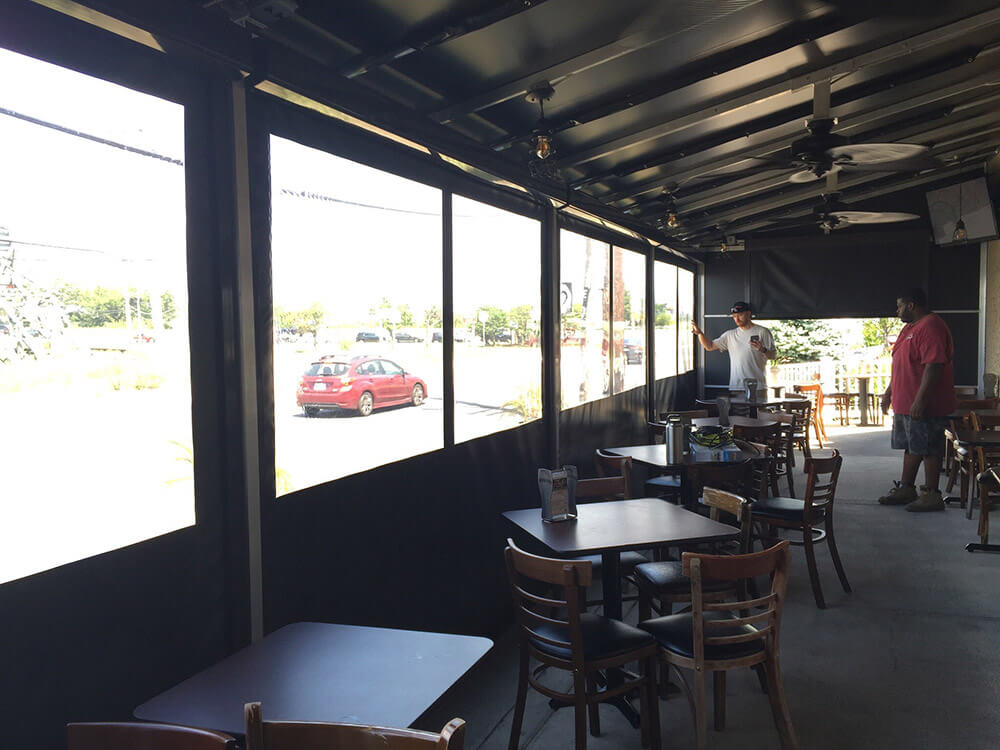 berges-awning-restaurant-awnings-01