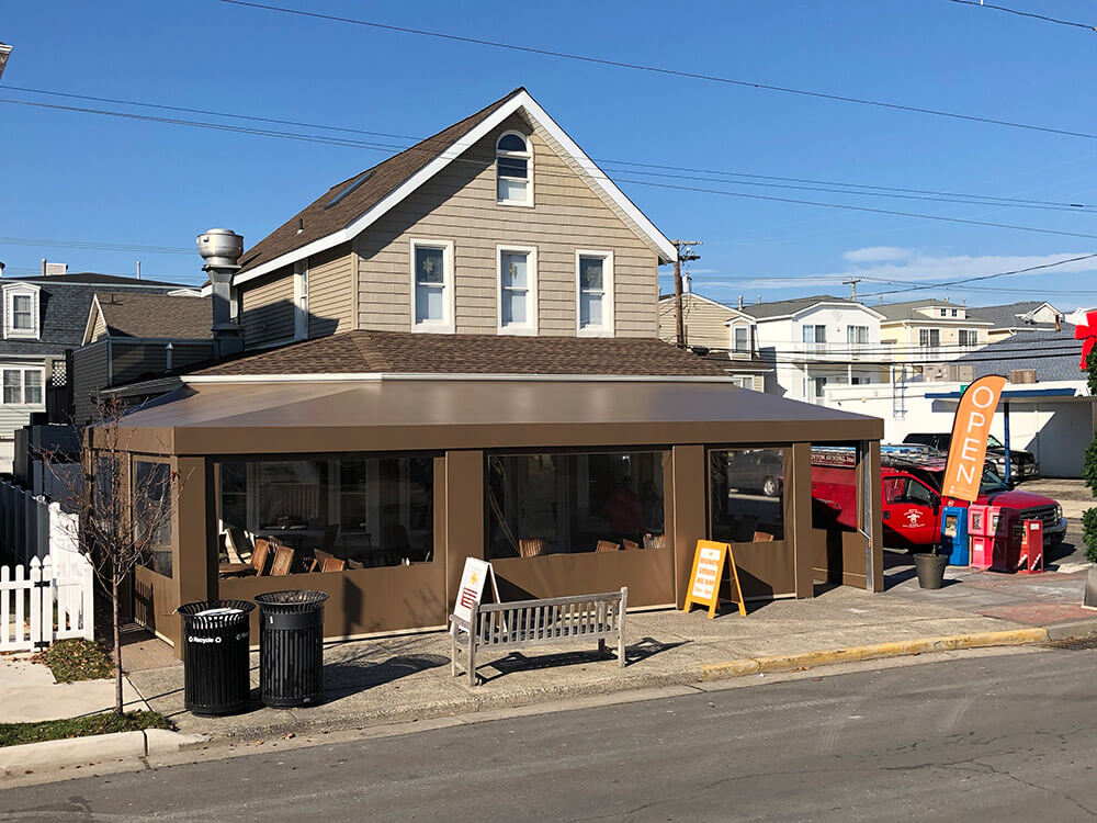 berges-awning-restaurant-awnings-10