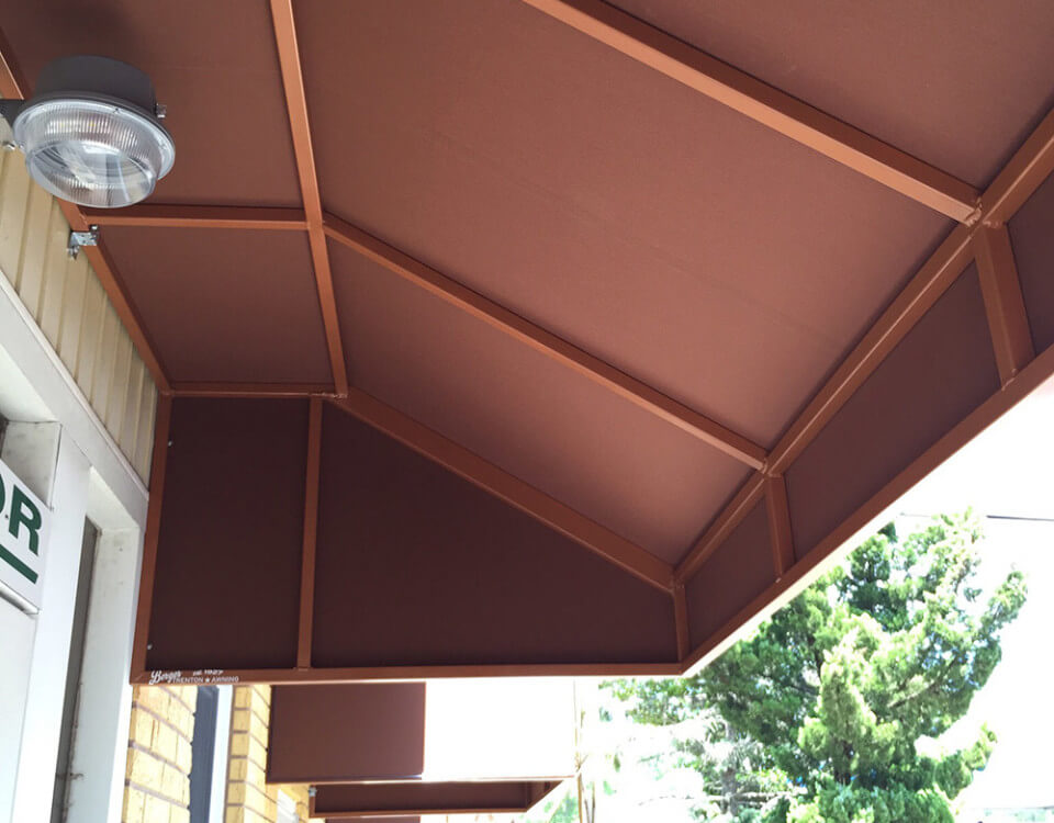 berges-awning-staple-on-awnings-05