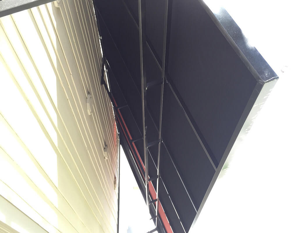 berges-awning-staple-on-awnings-07